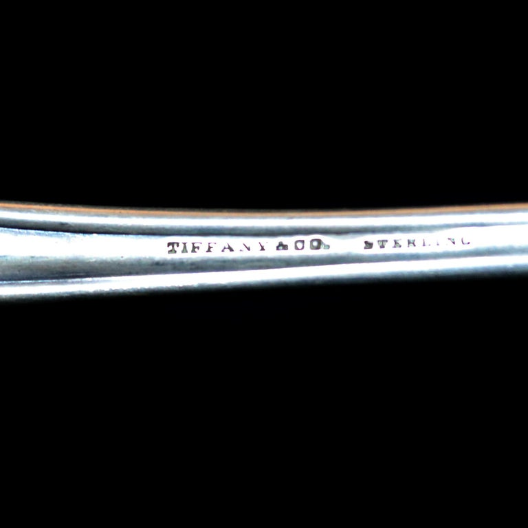 Antique Tiffany & Co. Sterling Silver Basting Spoon with Pretzel Finial In Good Condition For Sale In Big Flats, NY