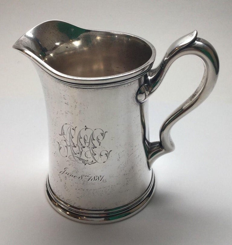 Antique Tiffany & Co. Sterling Silver Lidded Sugar Bowl and Creamer #5962 In Good Condition For Sale In New Milford, CT
