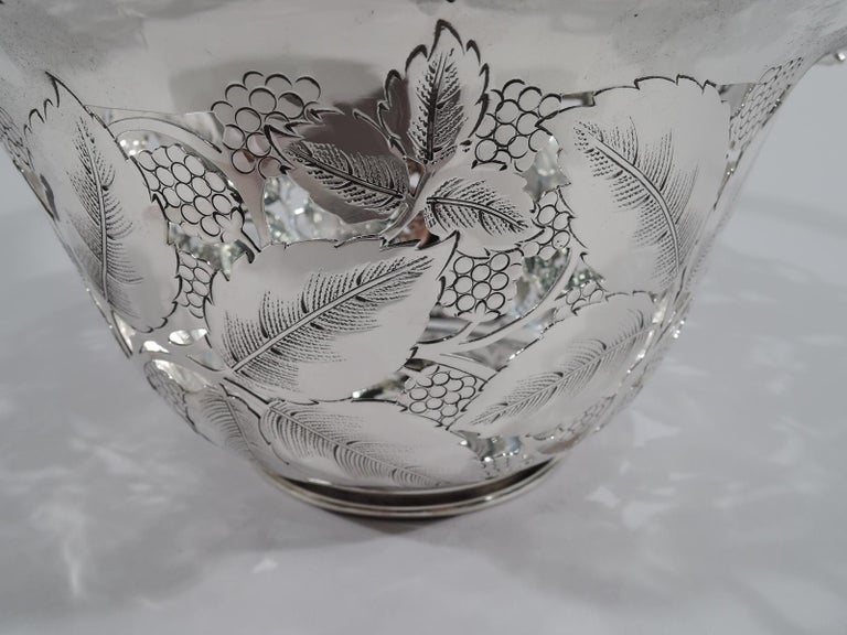 Antique Tiffany & Co. Sterling Silver Blackberry Basket with Lots of Charm For Sale 2
