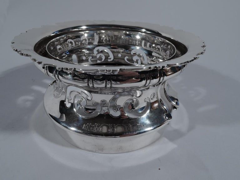 Antique Tiffany Sterling Silver Heavy Classical Trophy Cup In Excellent Condition For Sale In New York, NY