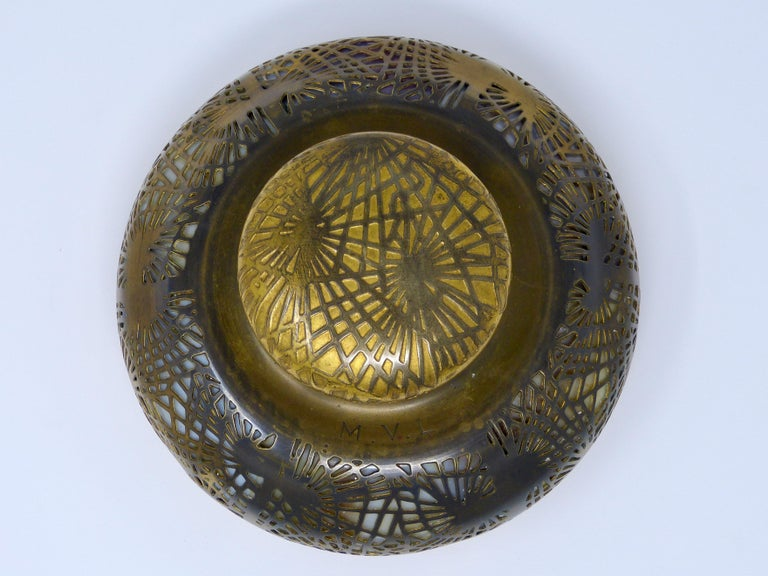 Antique Tiffany Studios Art Nouveau Big Round Inkwell, circa 1900 In Good Condition For Sale In Torreon, Coahuila