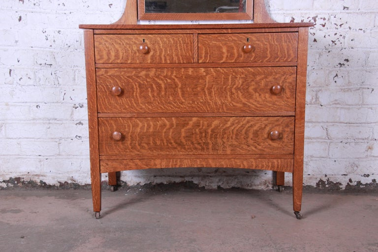 Arts and Crafts Antique Tiger Oak Dresser with Swing Mirror, circa 1900 For Sale