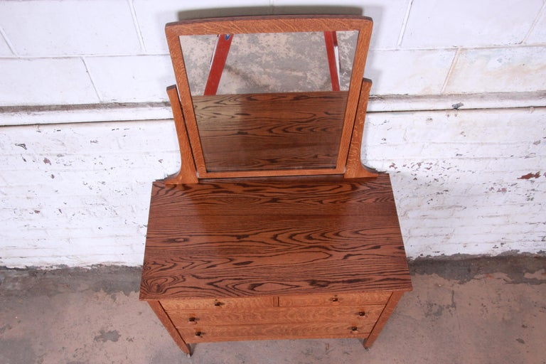20th Century Antique Tiger Oak Dresser with Swing Mirror, circa 1900 For Sale