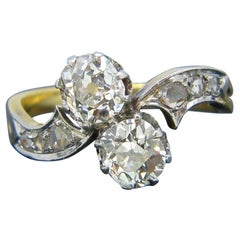 Antique Toi et Moi Crossover Old Mine Diamonds Yellow Gold Platinum Ring
