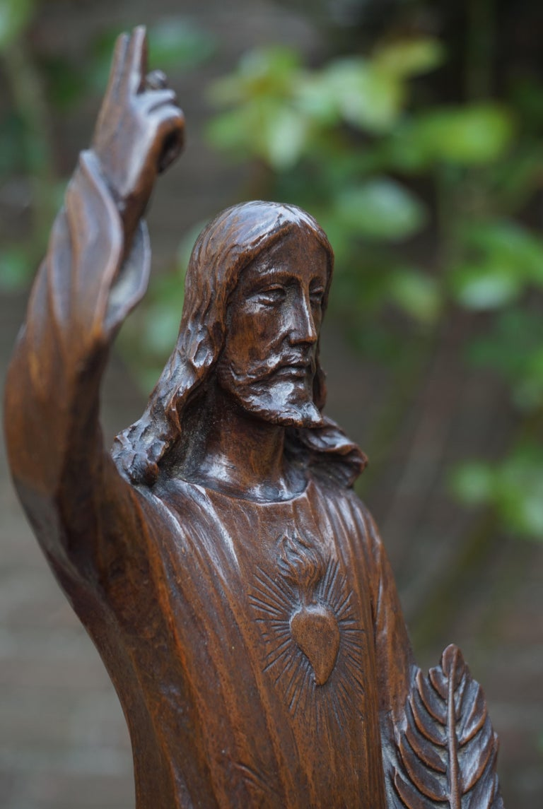Arts and Crafts Antique Quality Carved Solid Nutwood Christ with Palm Leaf Sculpture / Statuette For Sale