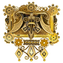 Antique True Period Piece 18 Karat Yellow Gold Brooch Pin