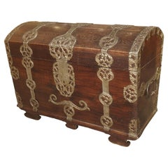 Antique Trunk with Polished Wrought Iron Strappings, Northern Germany circa 1720