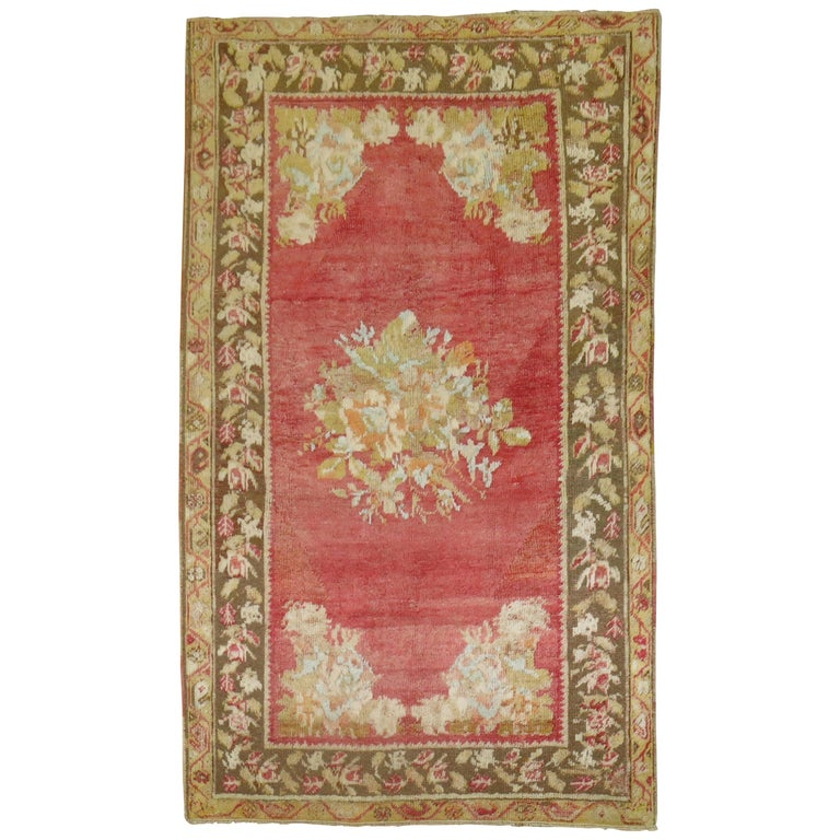 Antique Turkish Ghiordes Rug For Sale