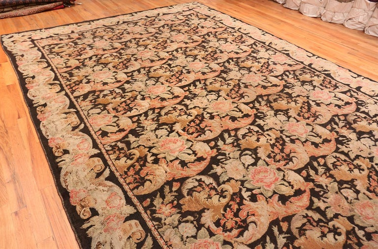 Wool Antique Ukrainian Pile Rug. Size: 10 ft 6 in x 15 ft 10 in For Sale