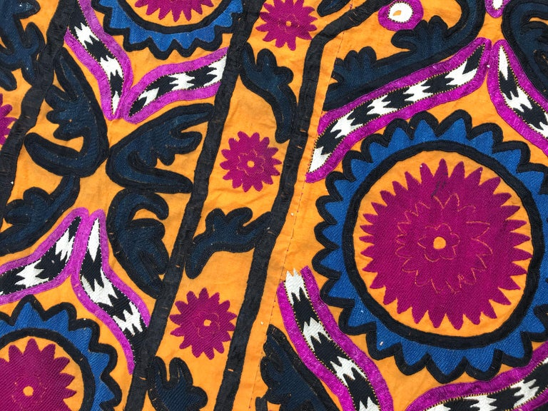 Antique Uzbek Suzani Embroidery For Sale 3