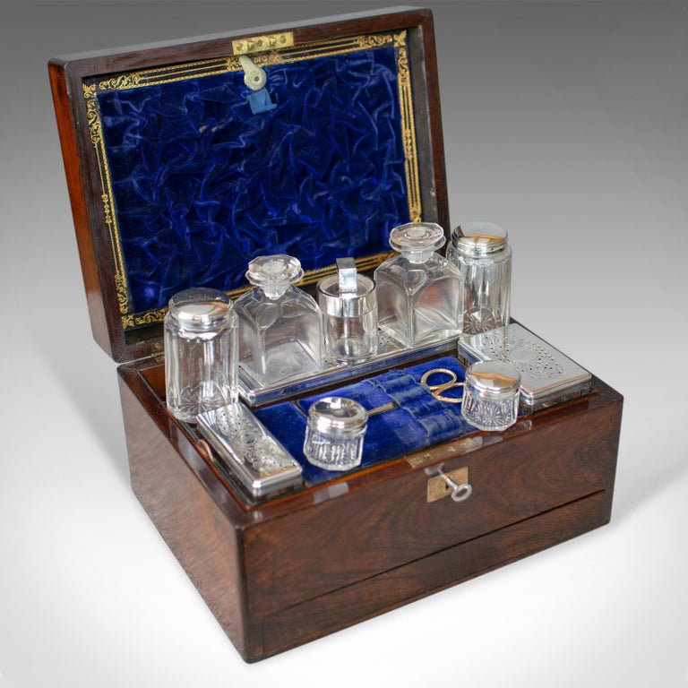 Antique Vanity Box, English, Victorian, Travelling Case, Rosewood, circa 1850 For Sale 6