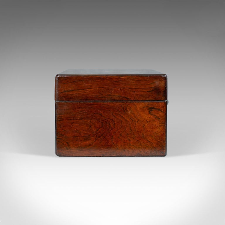Antique Vanity Box, English, Victorian, Travelling Case, Rosewood, circa 1850 In Good Condition For Sale In Taunton, GB