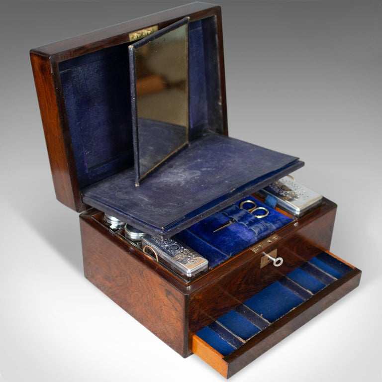 Antique Vanity Box, English, Victorian, Travelling Case, Rosewood, circa 1850 For Sale 3