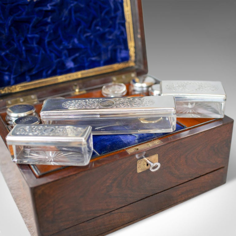 Antique Vanity Box, English, Victorian, Travelling Case, Rosewood, circa 1850 For Sale 5