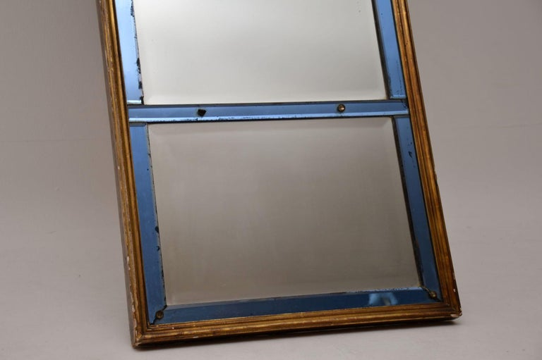 Antique Venetian Giltwood Colored Glass Mirror In Good Condition For Sale In London, GB