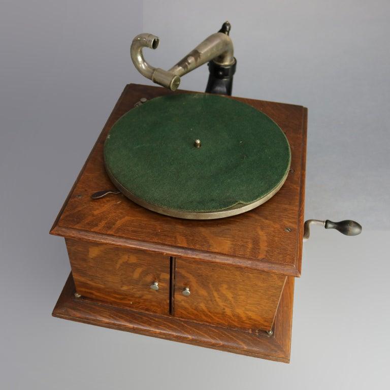 Carved Antique Victor Victrola IV Oak Phonograph 'Missing Reproducer', Circa 1900 For Sale