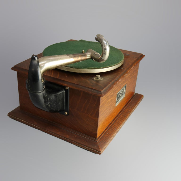 20th Century Antique Victor Victrola IV Oak Phonograph 'Missing Reproducer', Circa 1900 For Sale