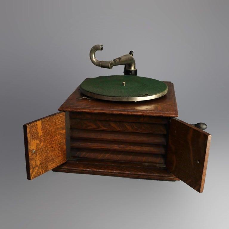 Metal Antique Victor Victrola IV Oak Phonograph 'Missing Reproducer', Circa 1900 For Sale