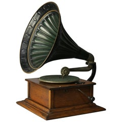 Antique Victor Victrola Standard Outside Horn Oak Phonograph, circa 1900