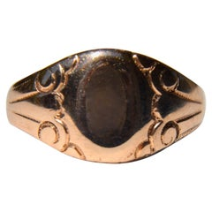 Antique Victorian 10 Karat Rose Gold Signet Ring