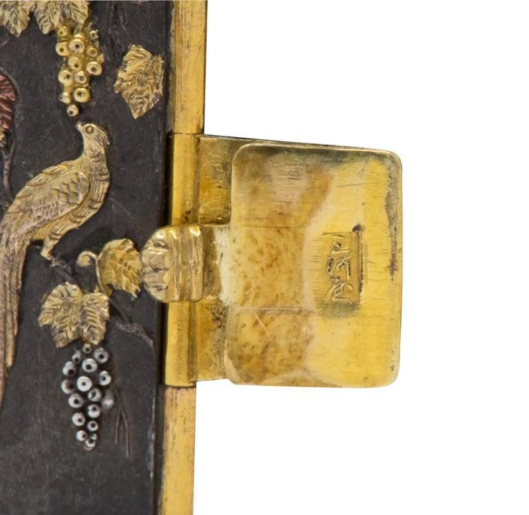 Antique Victorian 14 Karat Gold Copper Shakudō Bird Flower Panel Bracelet In Excellent Condition For Sale In Philadelphia, PA