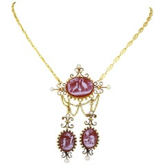 Antique Victorian 15 Karat Gold Carnelian Cameo Pendant Necklace, 1850s England