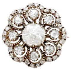 Antique Victorian 1.86 Carat Diamond and Yellow Gold Brooch