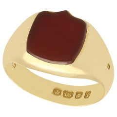 Antique Victorian 1890s Agate and Yellow Gold Signet Ring