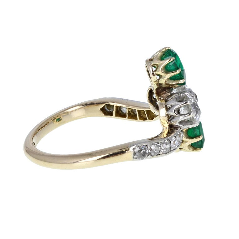 Antique Victorian 18 Carat Emerald Diamond Cluster Ring In Excellent Condition For Sale In Newcastle Upon Tyne, GB