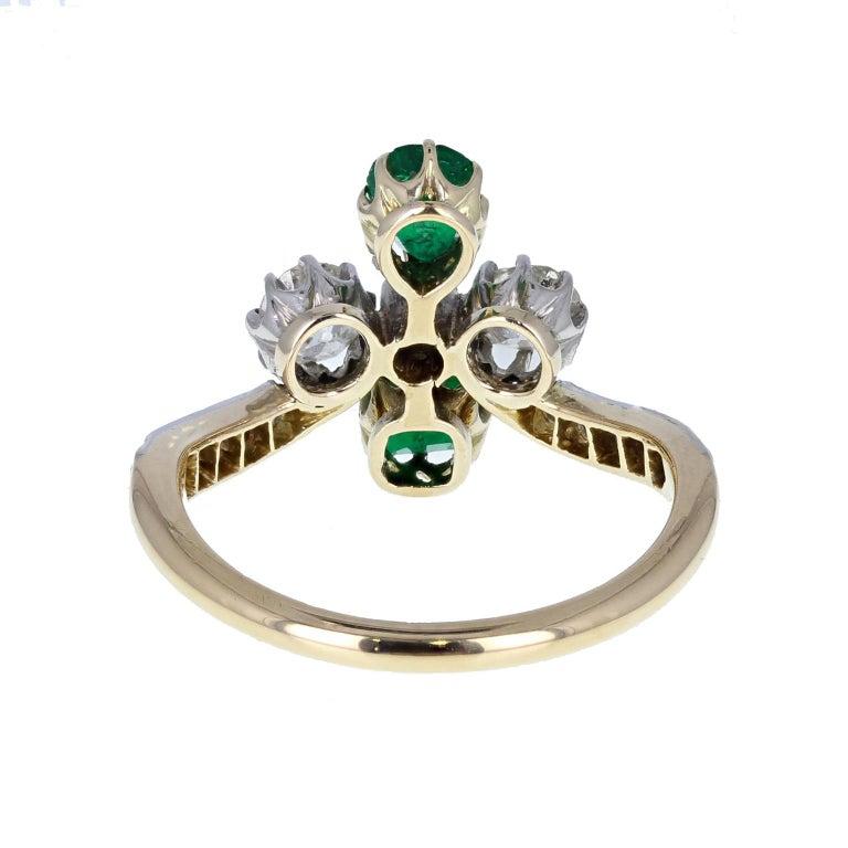 Women's or Men's Antique Victorian 18 Carat Emerald Diamond Cluster Ring For Sale