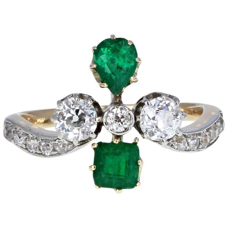 Antique Victorian 18 Carat Emerald Diamond Cluster Ring For Sale
