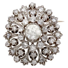 Antique Victorian 3.48 Carat Diamond and 15 Karat Yellow Gold Brooch
