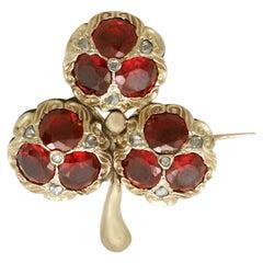 Antique Victorian 5.20 Carat Garnet Diamond and Gold 'Clover' Brooch