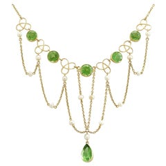 Antique Victorian 7.46 Carat Peridot and Seed Pearl Yellow Gold Necklace