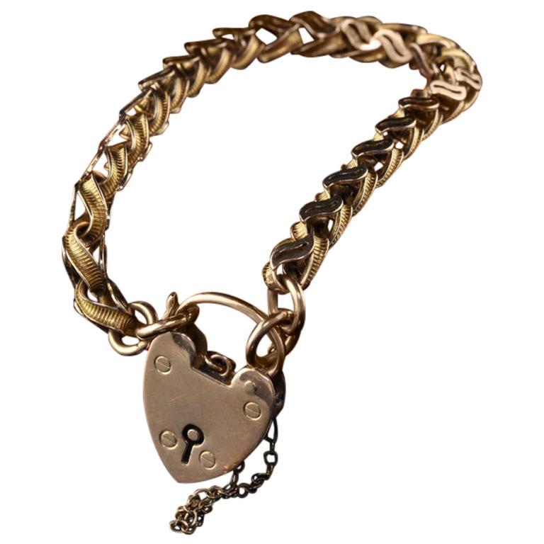 Antique Victorian 9 Karat Yellow Gold Heart Lock Bracelet For Sale