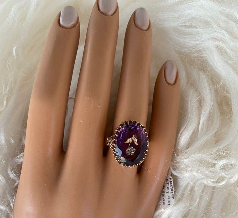 Antique Victorian 9.5 Carat Amethyst and Diamond Ring For Sale 5