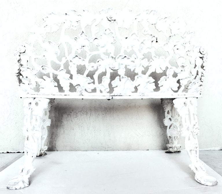 Antique Victorian American Cast Iron Garden Bench In Good Condition For Sale In West Palm Beach, FL
