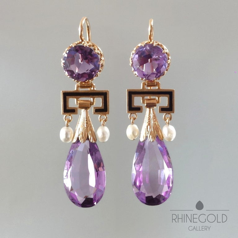 Antique Victorian Amethyst Pearl Enamel Gold Drop Earrings, France, 1860s-1870s In Excellent Condition For Sale In Dusseldorf, NRW