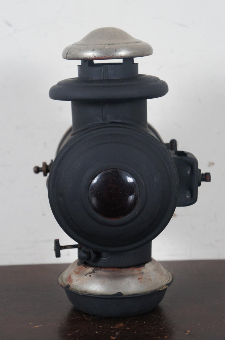 Antique Victorian Automobile Carriage Lantern Model T Headlight Oil Lamp Light In Good Condition For Sale In Dayton, OH