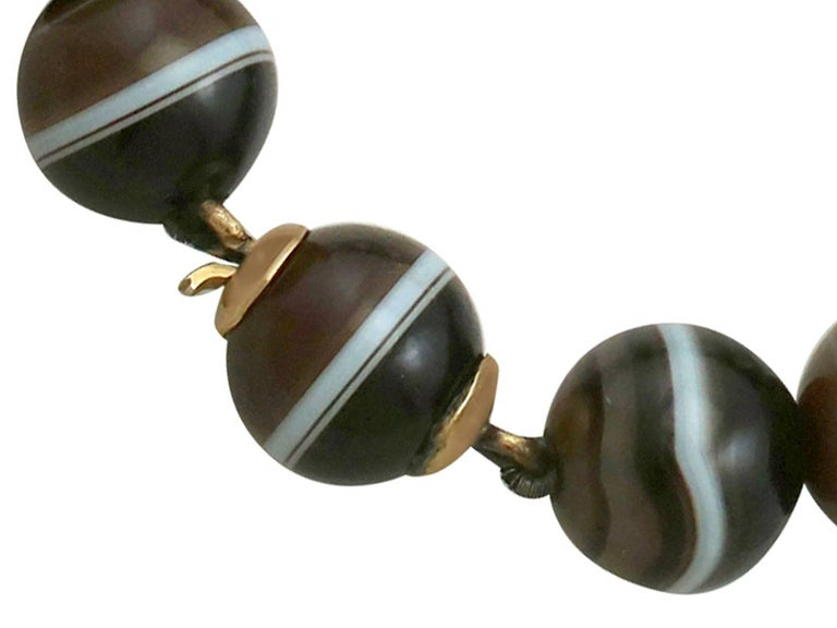 Women's Antique Victorian Banded Agate Yellow Gold Jewelry Set For Sale