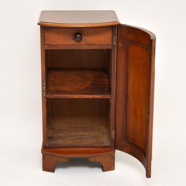 Mid-19th Century Antique Victorian Burr Walnut Bedside Cabinet