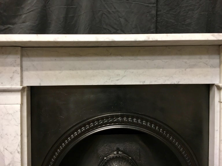 Antique Victorian Carrara Marble Fireplace Surround In Good Condition For Sale In Edinburgh, GB