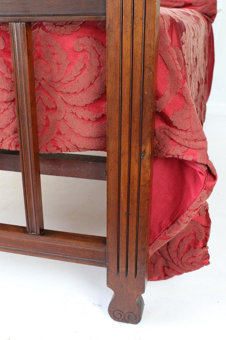 Antique Victorian Carved Walnut Bedstead UK Double Bed / US Full 'Frame' For Sale 2