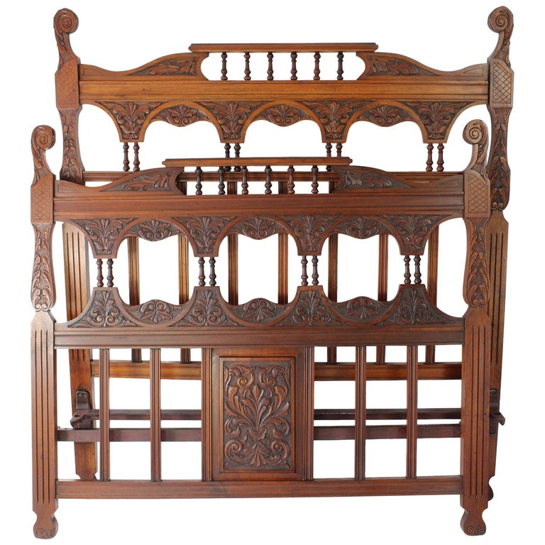 Antique Victorian Carved Walnut Bedstead UK Double Bed / US Full 'Frame' For Sale