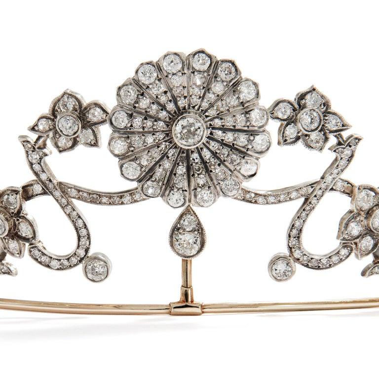 Women's or Men's Antique Victorian circa 1890 16.76 ct Diamond Silver and Gold Belle Époque Tiara For Sale