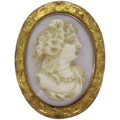 Antique Victorian Coral Cameo Gold Brooch