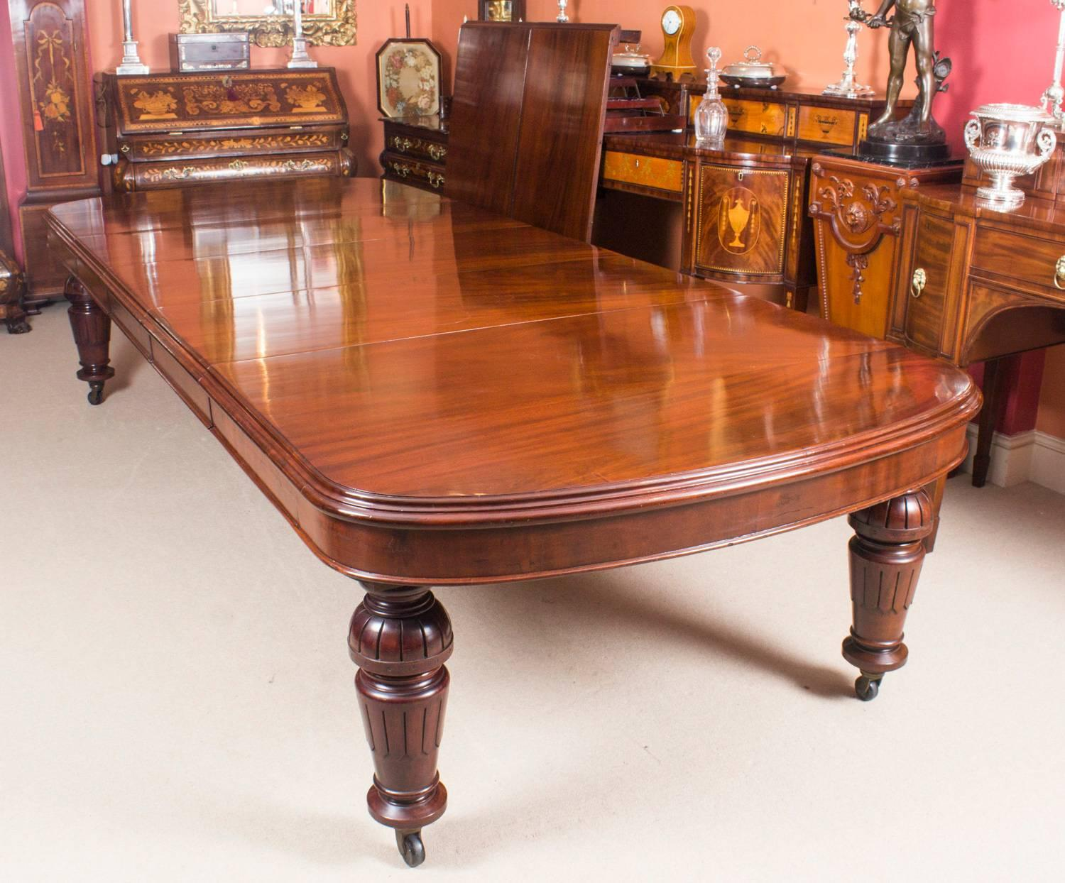 Antique Victorian D-End Mahogany Dining Table 19th Century and 16 Chairs at  1stdibs - Antique Victorian D-End Mahogany Dining Table 19th Century And 16