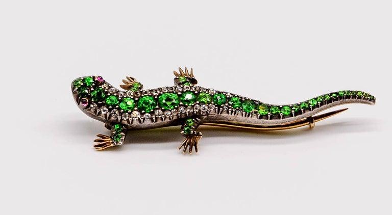 Antique Victorian Demantoid Garnet Diamond Ruby Lizard Pin In Good Condition For Sale In New York, NY