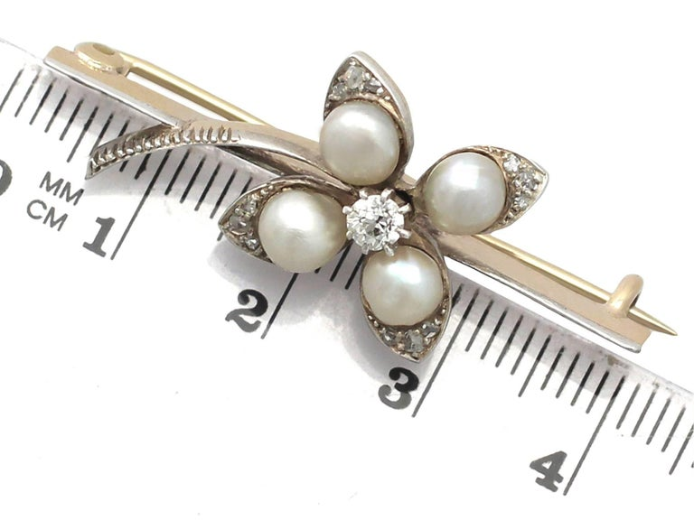 Antique Victorian Diamond and Pearl Yellow Gold Clover Brooch For Sale 3