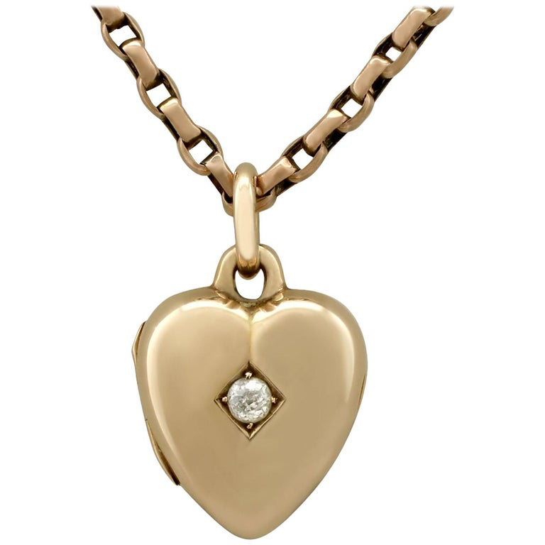 Antique Victorian Diamond and Yellow Gold Heart Locket For Sale